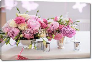 красивый яркий букет пион свадьба таблицы в Ваза