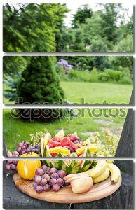 Фруктовый натюрморт с арбузом в саду
