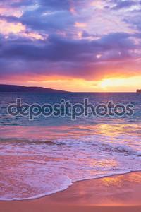 удивительный тропический пляж закат,