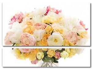 Пион букет цветов, пастельные цветочные цвета на белом фоне