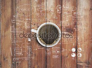 Стратегия на деревянный стол