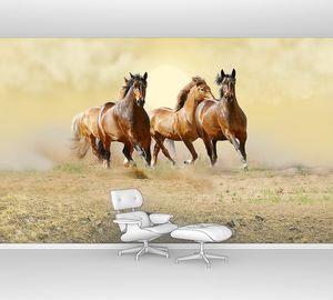 Четыре лошади