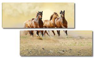 4 лошади