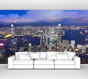 Гонконг подсвечен ночью