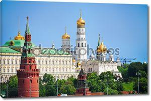 Кремль с собором Благовещения