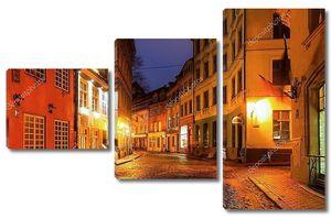 Старый город Рига ночью