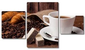 Натюрморт с кофе зернами и чашкой