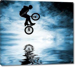 человек с bmx велосипед.
