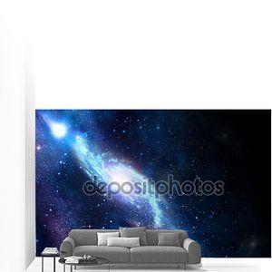 Галактика в темном пространстве