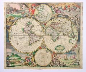 Старая карта с красивыми картинками