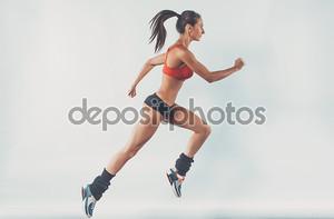 Активный спортивный молодой работает женщина бегун спортсмен с копии пространства стороне вид концепции спорта здоровья фитнес потери вес кардио подготовки пробежку тренировки оздоровительный