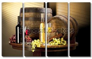 Натюрморт с вином и двумя бочками