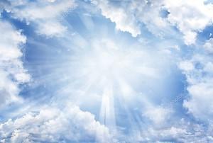 яркое небо