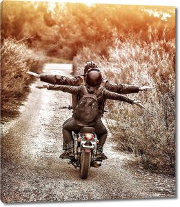 Езда на мотоцикле с удовольствием