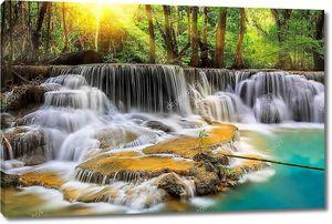 Водопад в провинции  Канчанабури