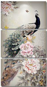 Шикарный павлин с цветами