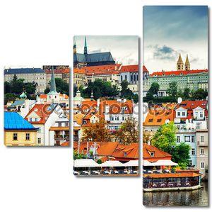Меньший район города и замка (hradcany) в Праге