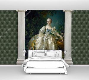 Картина Мадам Бержере обрамленная колоннами