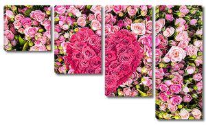 Розы с сердечком из цветов