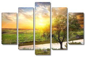 Закат над Весенней рекой