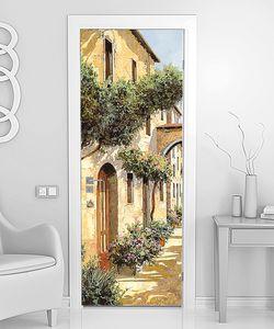 Цветы на стенах старых домов