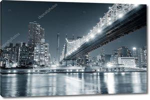 Черно-белый ночной Нью-Йорк