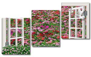 Распахнутое окно с видом на цветущую поляну