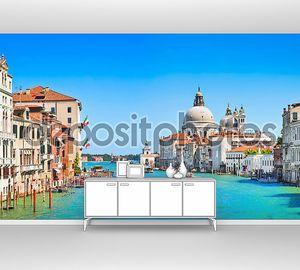 Панорамный вид на Гранд-канал с базилика ди Санта-Мария делла Салюте в Венеции