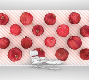 Гранаты на розовом и белом