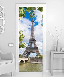 Париж Эйфелева башня лето