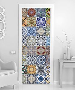 Комплект из 48 керамических плиток
