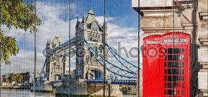Тауэрский мост с красные телефонные будки в Лондоне, Англия, Великобритания