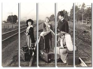 На железнодорожных путях