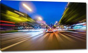 Быстрое такси в городе ночи