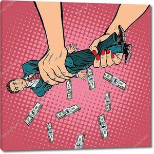 Женские руки выжимают из мужчины деньги