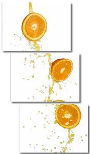Апельсины в каплях сока