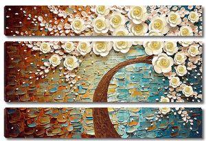 Дерево с розами на пестром фоне