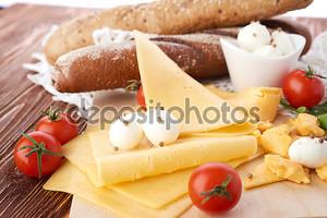Продукты для вкусного бутерброда