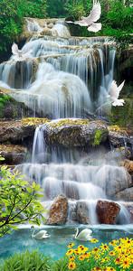 Птицы на горном водопаде