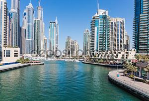 современные здания в ОАЭ Дубай Марина