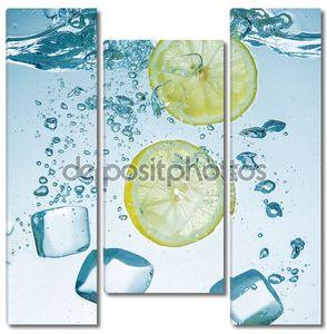 Лимонов с воды всплеск и кубики льда