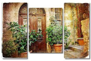 Старые традиционные греческие двери