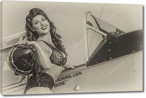 Девушка в кабине самолета