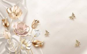 Розы, три золотые бабочки
