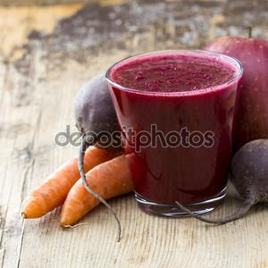 Свекольный сок и овощи