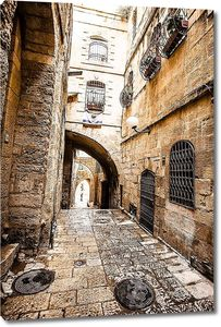 узкие каменные улицы древнего Тель-Авив, Израиль