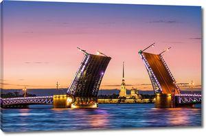Вид на Петропавловскую крепость через разведенный мост