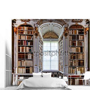 большой большой библиотеки в старом аббатстве