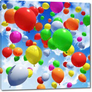 Разноцветный шар выпустили в небо