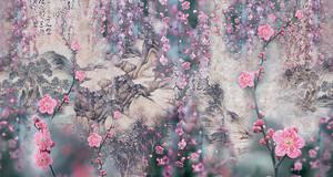 Цветущая сакура на фоне горных контуров